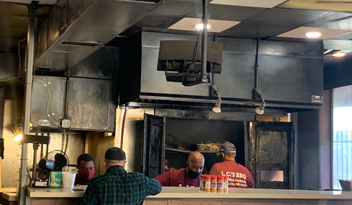LC's Bar-B-Q Review